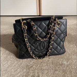 Chanel leather shopper